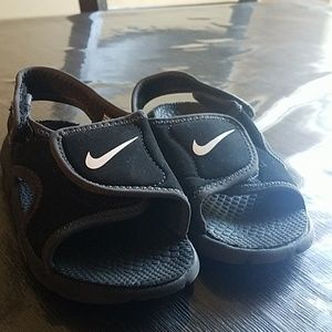 Nike Shoes - Toddler boys nike sandals